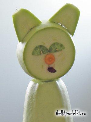 Поделки из овощей. Кошка из кабачков.